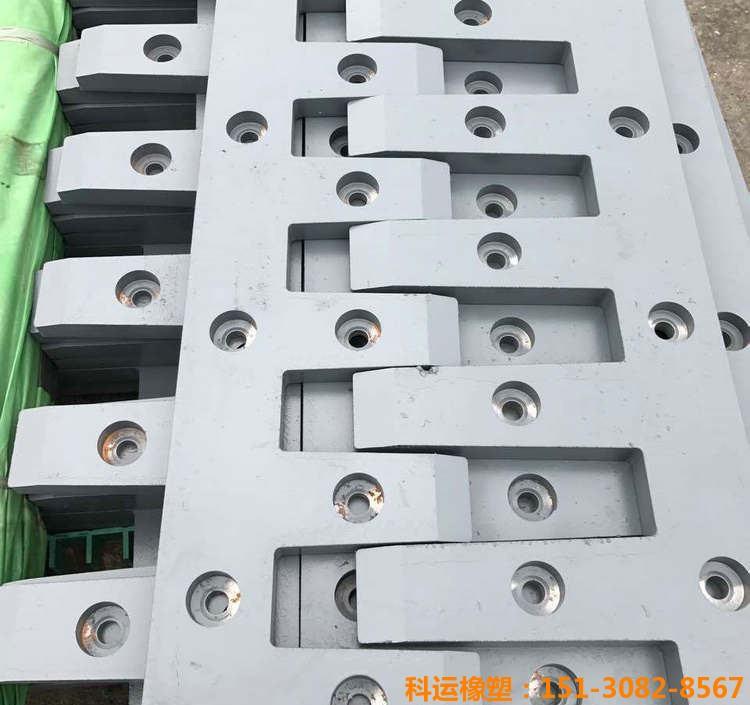 科运橡塑d80型桥梁伸缩缝装置生产研发基地1